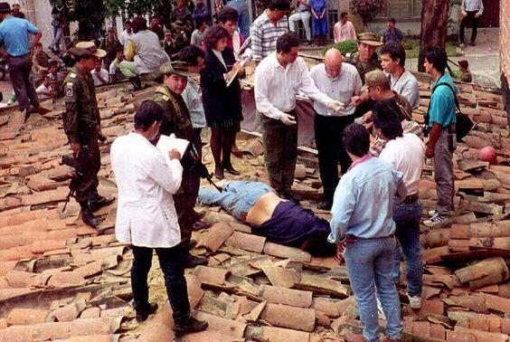 Pablo Emilio Escobar Gaviria, 1993 via reddit - Historical Times