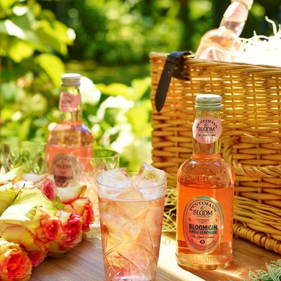 Bloom Gin & Fentimans Rose Lemonade Pre-mixed At a Picnic