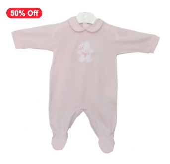 This traditional baby pink all-in-one is designed and made in Italy. It features a cute teddy bear motif on the bodice with contrasting trim on the collar. Made from lightweight comfy stretch cotton with long sleeves, built-in feet and poppers around the legs, it's just perfect for easy changing this summer time.