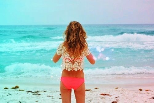Love everything about this...coral, lace, the ocean, and beach hair. erohe