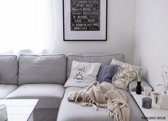Grau wei skandinavisch wohnzimmer einrichtung ideen for Sofa grau skandinavisch