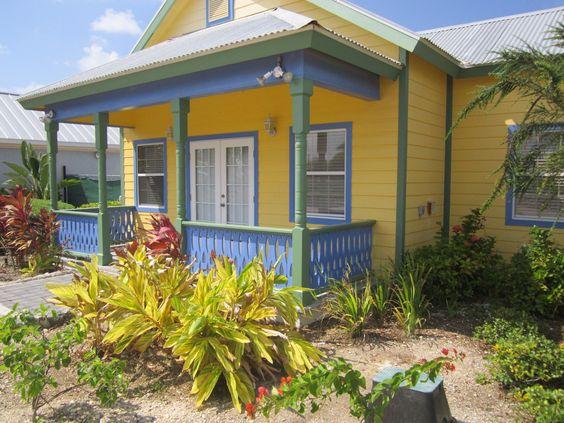 Cayman Cottage, Boatswain's Beach