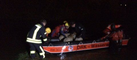 Hochwasser der Sieg: Feuerwehr rettet 130 Schafe in Troisdorf vor dem Ertrinken | Troisdorf- Kölner Stadt-Anzeiger