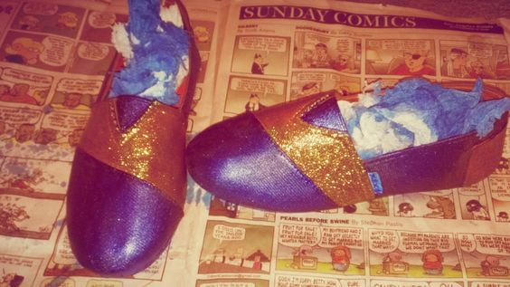 DIY Toms shoe design for under 15 dollars!!!