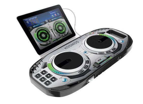 "Mix-it like Guetta mit dem Kosmos Mischpult ""Mix-it easy"" - http://www.paulschreibt.de/mix-it-like-guetta-mit-dem-kosmos-mischpult-mix-it-easy/"