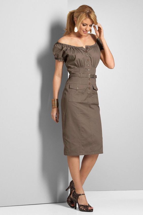 Image from http://www.gtnmall.com/images/watermarked/detailed/3/Fitted_Peasant_Dress_N6000.jpg.