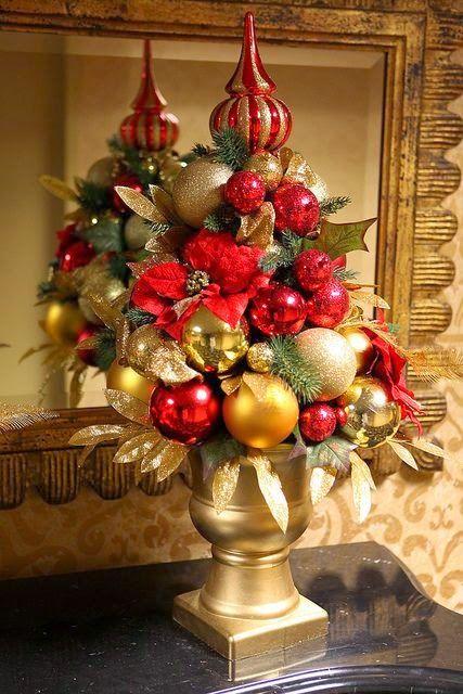 Tradiciones de din de año para atraer la suerte y divertirse como una enana http://www.mbfestudio.com/2014/12/tradiciones-de-fin-de-ano.html  #navidad #tradicionesnavideñas #findeaño2014 #findeaño #buenasuerte