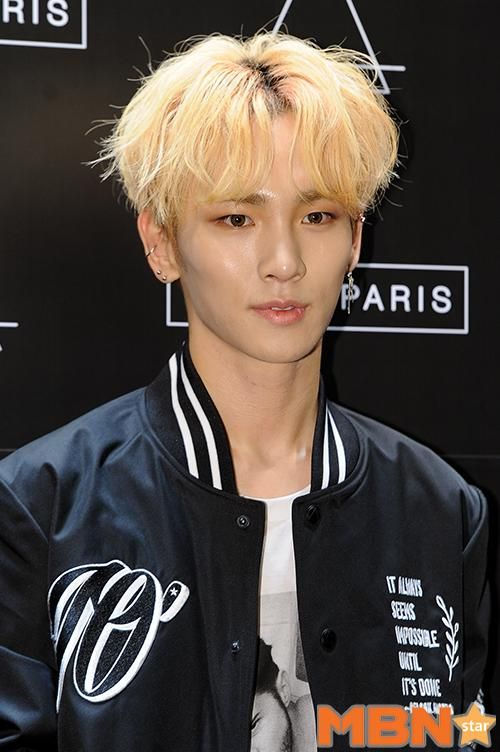 150401 Key - Eleven Paris Grand Opening