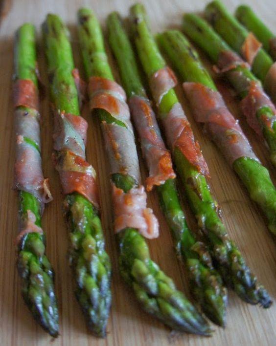 Gourmandises et Merveilles: Asperges grillées au jambon cru