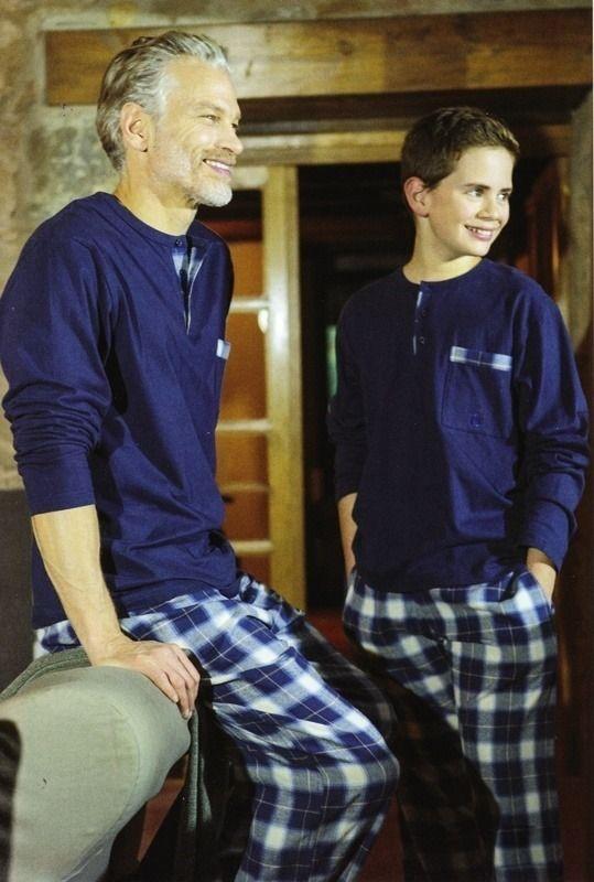 #Pijama Guasch de invierno - PZ421D518 - Esquijama combinado en punto de algodón para usar todo el año. Disponible en tallas extra grandes. #hombre #modahombre #ropainterior http://www.varelaintimo.com/marca/9/guash