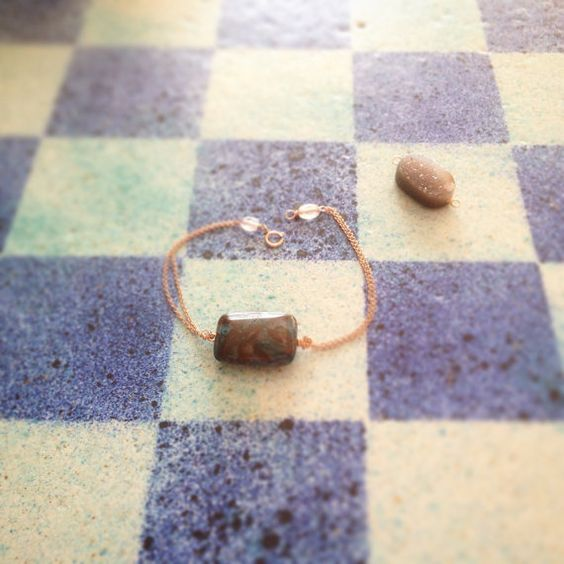 Rosegold druzy gemstone bracelet minimalist jewelry by LilBlueFishOfLille
