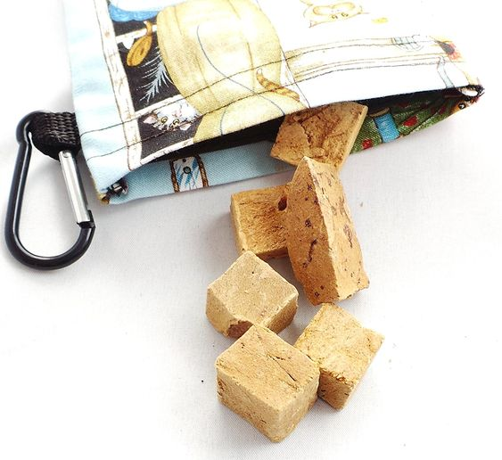 Neco Creations Designer Cat Treat Pouch -- You can get more details by clicking on the image.