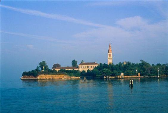 Ilhas Abandonadas   Isola di Poveglia, Itália