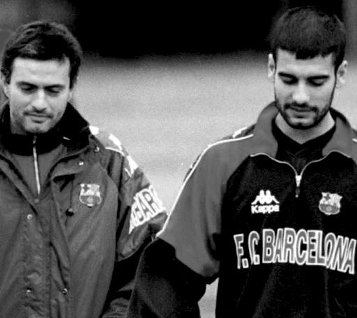 #Mourinho #Guardiola-legendary picture  so now i geddit...  mourinho was the barca man. when pep was playing....oh!