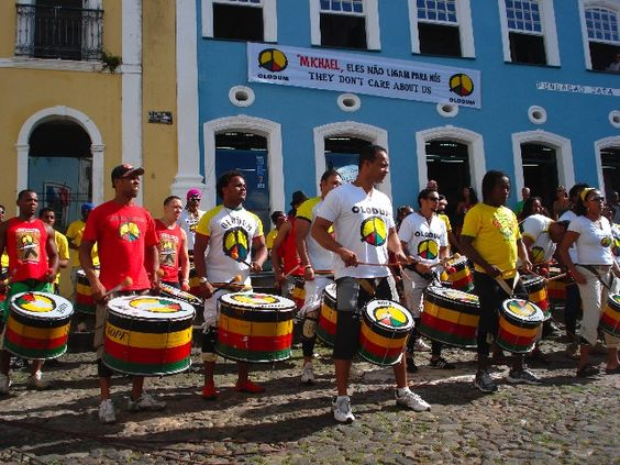 Olodum at Pelourinho (Salvador de Bahía)... http://brazilianpercussion.blogspot.com/2014/01/olodum-at-pelourinho-salvador-de-bahia.html