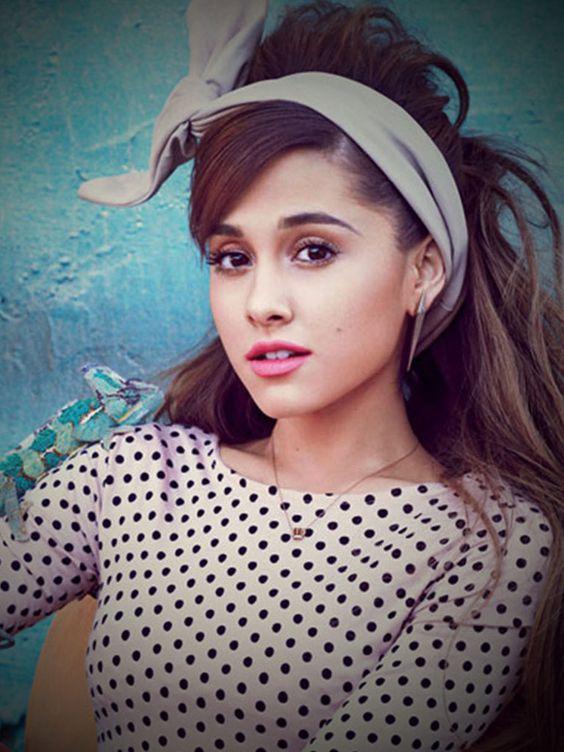 Ariana Grande 2015 Instagram Selfies - Ngerimbat