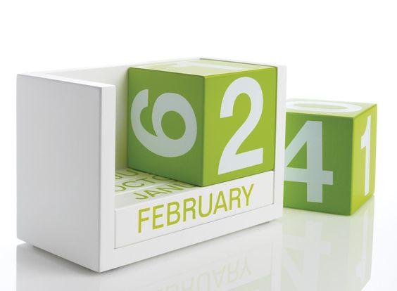 Block Calendar in Green | dotandbo.com