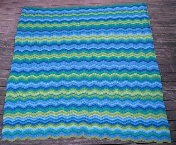 Feb 2012 Ripple Blanket (3)