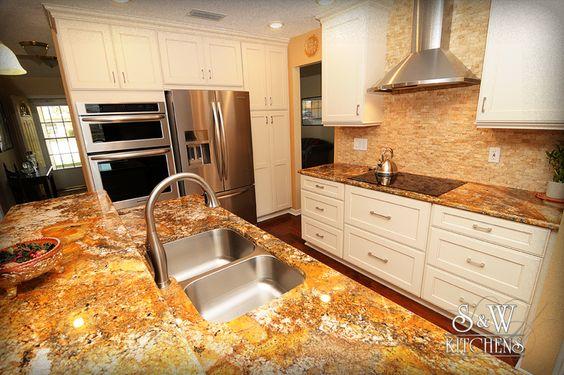 SandW Kitchens :: Kitchen New custom transitional kitchen by Designer Glenn Rumer
