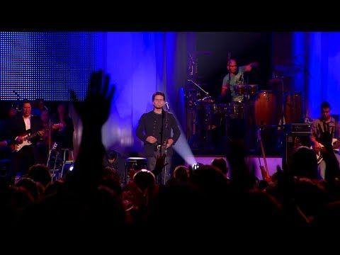 Tú Estás Aquí Jesús Adrián Romero Feat Marcela Gándara Video Oficial Youtube Jesus Adrian Romero Spanish Christian Music Christian Songs