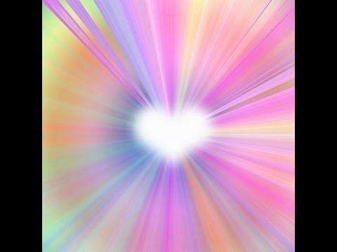 Méditation d'ouverture du coeur, cette méditation a pr but d'apprendre à placer son attention ds son cœur , afin de ressentir de l'amour ps Soi, afin de s'accueillir et de vibrer au -delà des raisonnements du mental.
