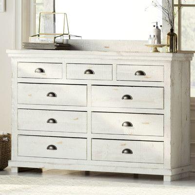 Lark Manor Castagnier 9 Drawer Dresser