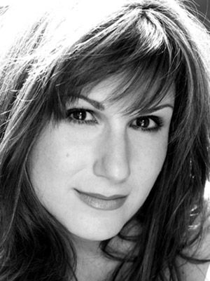 Our interview with the one and only Stephanie J. Block!