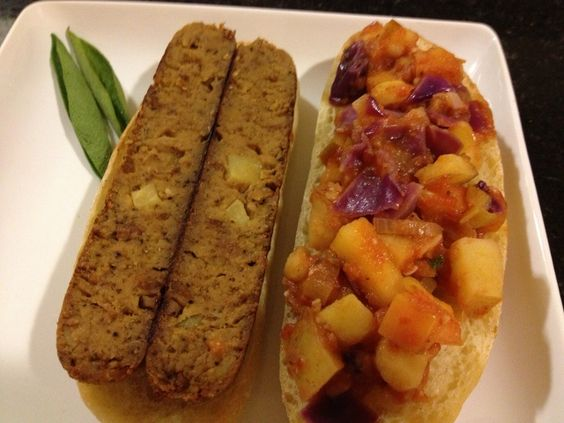 Sage Apple And Sausage Sandwich With Field Roast Veg Girl Rd Delicious Sandwiches Field Roast Sausage Sandwiches