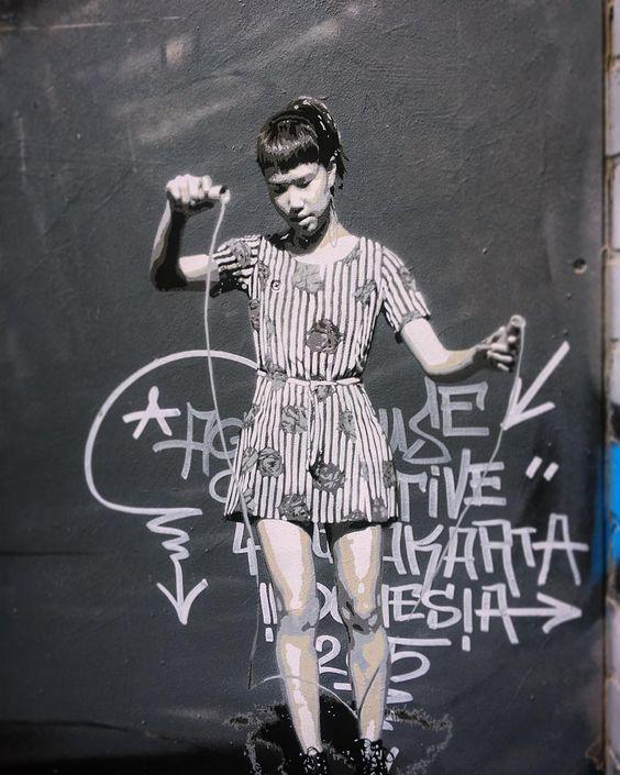 """#blenderln #Melbourne #melbourneiloveyou #melbourneiloveyou_graffiti #grafitti #streetart #streetartmelbourne #streetartmelbournecity #melbournegraffiti…"""