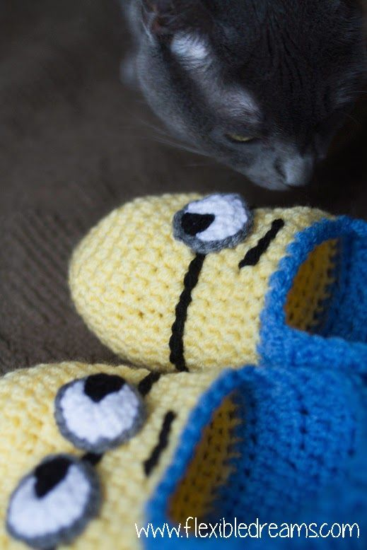 Free Pattern Crochet Minion Slippers : Pinterest The world s catalog of ideas