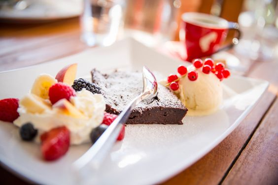 Famous chocolate cake and Meinl Espresso