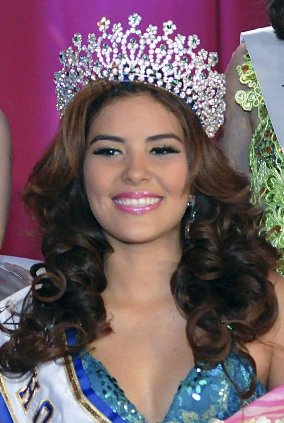The Honduran police said María José Alvarado and her older sister, Sofía, had been shot and buried on a riverbank.