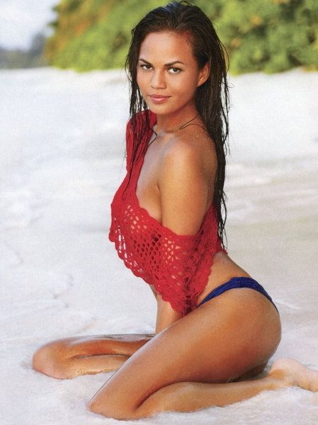 CHRISSY TEIGEN Young - See best of PHOTOS of the Supermodel legend