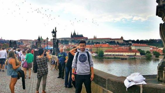 Polovica dobro nam poznatog DJ dvojca Frankie Headfors i student Ekonommskog fakulteta u Zagrebu, DJ Jurki, uživa u Pragu