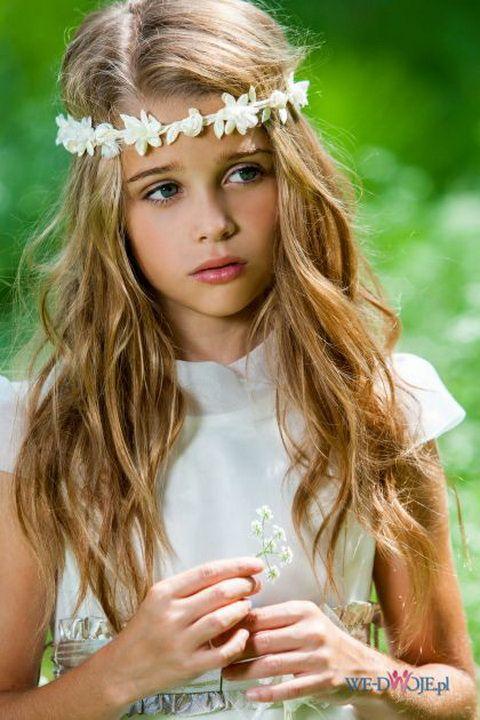 Fryzury Komunijne 2015 Flower Girl Hairstyles Girls White Dress First Communion Dresses