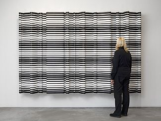 Jacob Dahlgren    Reykavik 1952 Cloth hangers and aluminium 2009 Size 300 x 200 cm photo: Carl Kleiner