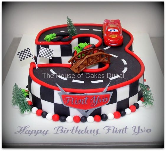 Lightning Mcqueen car cake by The House of Cakes Dubai. Fantastic!!