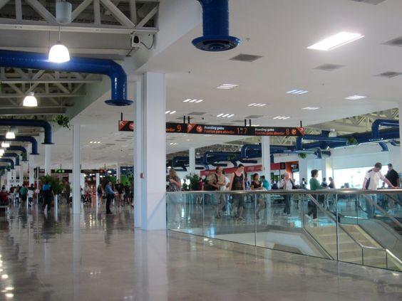 Licenciado Gustavo Diaz Ordaz Airport Duty Free Pvr S Shopping Dining Guide Free Shopping Luxury Shopping