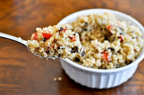 roasted garlic, red pepper and mushroom quinoa-add goat cheese