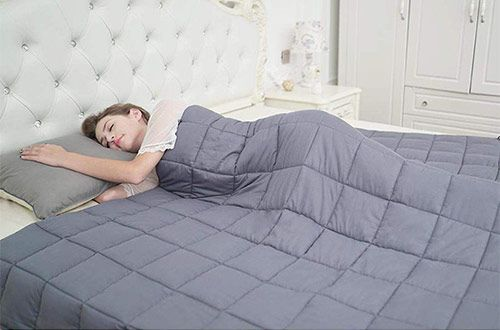 Pin On 10 Best Heavy Cooling Weighted Blankets For Adults