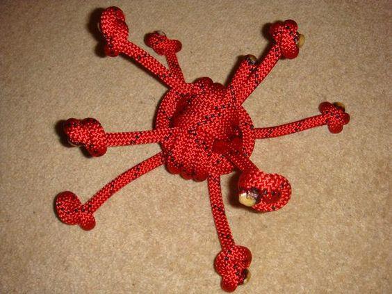 Dùng dây đa năng này để làm đồ chơi cho thú cưng