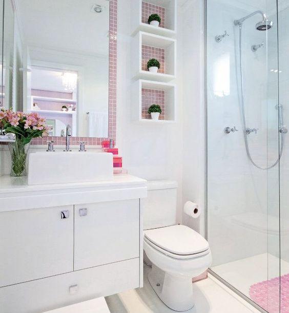 Algumas Ideias criativas para Decoração de Banheiros pequenos podem ajudar na hora de realizar a decoração do banheiro, é só usar a criatividade.: