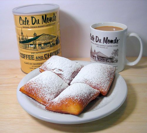I you ever go to New Orleans, you must go to Cafe' Du Monde'!