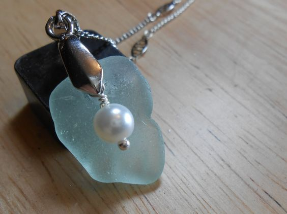 Sea Glass Necklace - Beach Glass Jewelry - Sea Breeze.