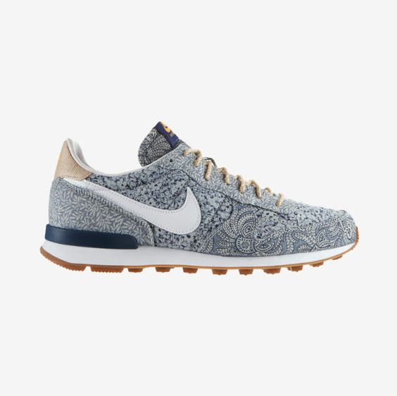 Nike Pure Platinum Roshe Baskets Gris