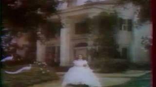 Johnny Hallyday. Champs-Elysées - Juin 1983, via YouTube.