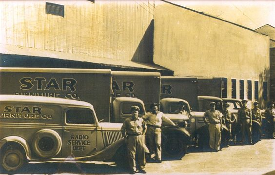 An early home delivery team.