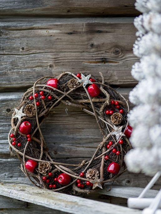 Schlichter und einfacher Weihnachtskranz .....