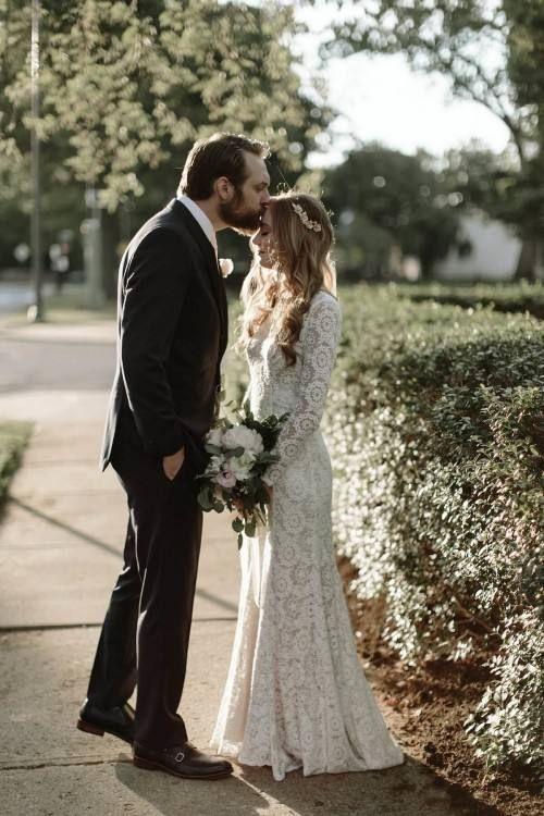 Vintage Wedding Dress Stores Near Me In 2020 Wedding Dresses Images Wedding Dress Store Garden Wedding Dresses