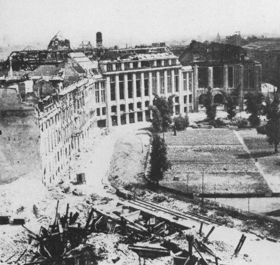Berlin 1945 Der Leipziger Platz Aufnahme Von 1946 Berlin Geschichte Leipziger Platz Bilder